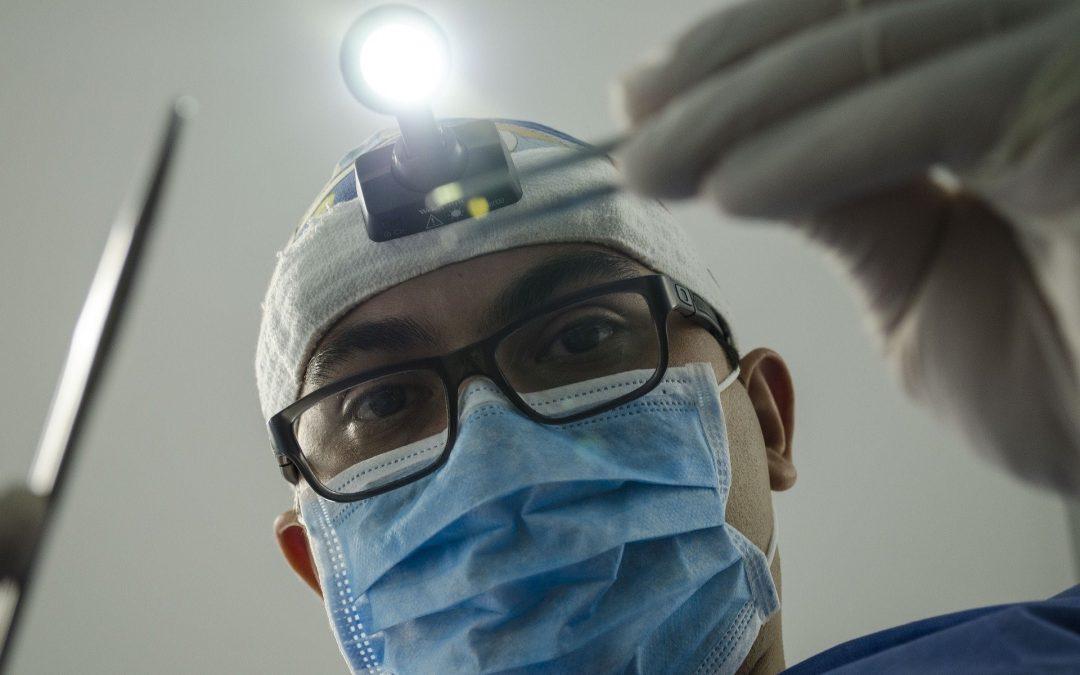 Chirurgien esthétique Paris : offrir un aspect conforme à vos désirs sans compromettre votre santé